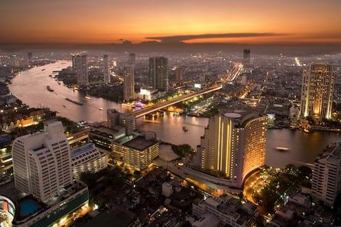 aerial_view_of_downtown_at_sunset,bangkok