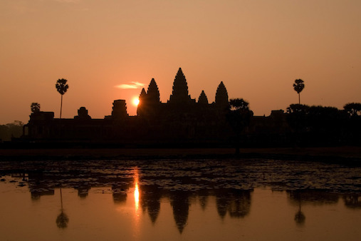 sunrise_at_angkor_wat-1