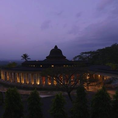 Amanjiwo Borobudur Jogjakarta Luxury Getaway Holiday Uniq Luxe