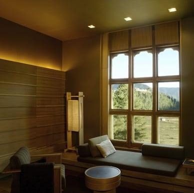 Amankora Gangtey Bhutan Luxury Getaway Holiday Uniq Luxe