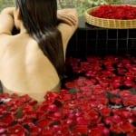 Floral Spa Bath Banyan Tree Lijiang China Resort Luxury Holiday Getaway Retreat Uniq Luxe