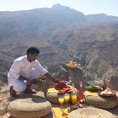 mountain picnic Zighy Bay Oman Uniq Luxe Uniqluxe Luxury Travel Holiday Retreat Six Senses