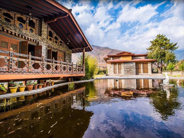 The picturesque and authentic architecture of Terma Linca's estate is the epitome of tranquility and relaxation