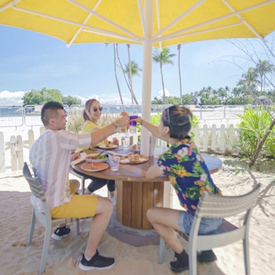 Have a good time with your friends and family as you enjoy a luxury Sentosa experience