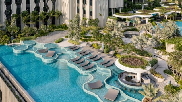 A luxuriously-decked swimming pool: a place for all to relax and enjoy on their Sentosa luxury staycation